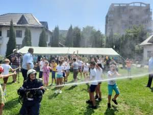 """60 de copii de la Școala """"Ion Creangă"""" și Centrul Social de Zi """"Sf. Vineri"""" Suceava participă în aceste zile la """"Școala de vară"""""""