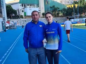 Claudia Ionela Costiuc alaturi de antrenorul Cristian Prasneac