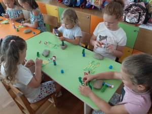 """60 de preșcolari care în pandemie nu au avut acces la educație au participat la """"Grădinița de vară"""", organizată la Cajvana"""