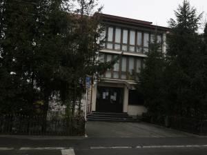 Bărbat arestat pentru că și-ar fi violat fiica de când aceasta avea 9 ani