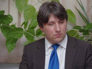 Purtătorul de cuvânt al Inspectoratului Școlar Județean (IȘJ) Suceava, prof. Ioan Cezar Anuței
