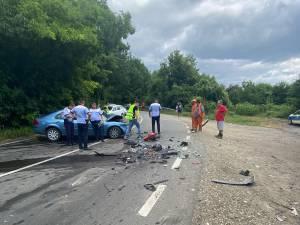 Un autoturism și un tir, ambele de Suceava, implicate într-un accident la Bacău