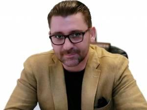 Angajații sunt reprezentați de avocatul Traian Andronachi
