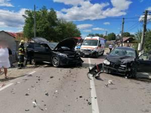 Cinci răniți, după o coliziune violentă între două mașini, la Milișăuți