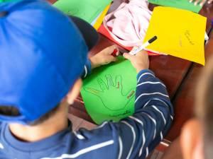 Se caută voluntari pentru 58 de copii din centrele de plasament și căsuțele de tip familial din Suceava, Gura Humorului și Solca
