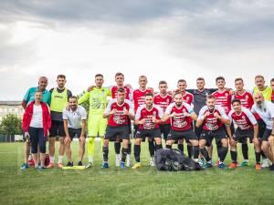 Fotbaliștii de la Şomuz sunt gata pentru duelul cu FC Voluntari. Foto Codrin Anton (Fotosport)
