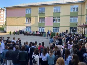 """Deschiderea noului an școlar la Colegiul Național """"Mihai Eminescu"""" Suceava"""