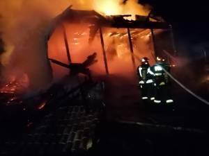incendiu biserica breaza de sus