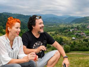 Un Loc De Basm În Bucovina Și O Poveste De Dragoste Ca La Hollywood