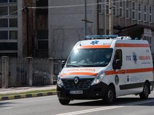 Soția a sunat la 112 și bărbatul a ajuns la Spitalul Județean Suceava, unde i-au fost acordate îngrijiri de specialitate