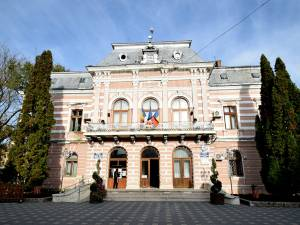 Primăria municipiului Fălticeni