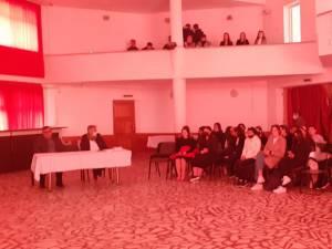 Ziua Holocaustului, marcată de elevii și profesorii de la Liceul Tehnologic Cajvana