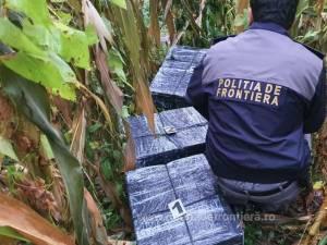Polițiștii de frontieră au tras 19 de focuri după contrabandiști – fugarii au lăsat în urmă în jur de 30.000 de pachete de țigări