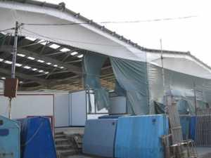 Bazariştii din zona modernizată, alungaţi de vântoasă