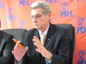 Constantin Gheorghe prezintă propunerea PDL pentru delimitarea colegiilor uninominale