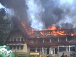 Neglijenţa crasă, cauza incendiului de la Hanul Ilişeşti