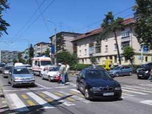 Accident pe trecerea de pietoni din fata Tribunalului Suceava