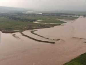 Zonele afectate de inundaţii, survolate cu un elicopter MIRA