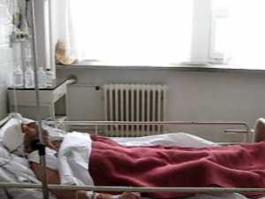 Austriac gasit aproape mort pe scarile unui hotel din Radauti