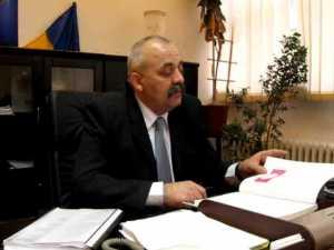 Vasile Rîmbu le-a pus gând rău salariaţilor care nu corespund cerinţelor