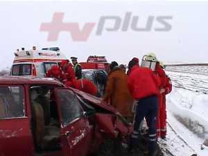 Trei accidente grave, cu zece raniti, din cauza vitezei pe zapada