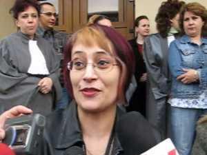 150 de grefieri suceveni au protestat în fata Palatului Justitiei