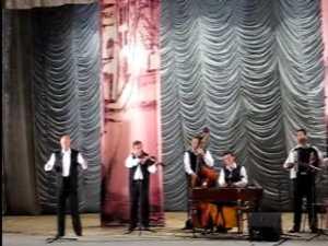 Artistul Tudor Gheorghe a adus muzica de mahala in Bucovina