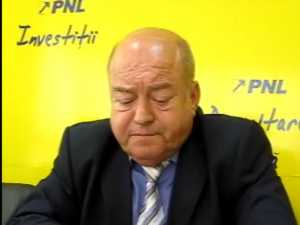 Gorea spune ca alesii locali PNL care nu fac opozitie risca sa ramana fara sprijin politic