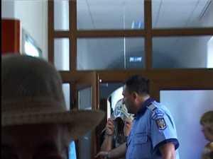 Şpaga luată de poliţiştii de la Stulpicani ajungea şi în buzunarele unor ofiţeri
