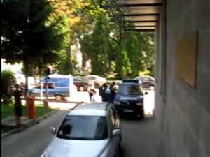 Aproape 100 de cărăuşi de droguri, racolaţi la Suceava