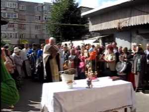Cruce de peste 7 metri si o tona si jumatate pe Catedrala Nasterea Domnului