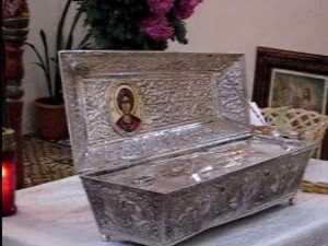 Moastele Sf Gheorghe aduse ieri la Suceava, de la Iasi