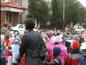 Zeci de copii, la ISU Suceava, de Ziua Porţilor Deschise