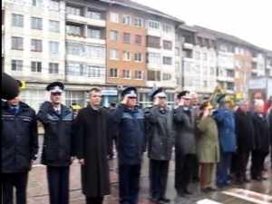 Ziua naţionala sărbatorita în jurul statuii Bucovina Inaripata