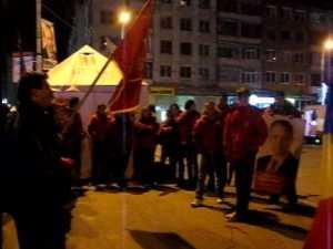 Tinerii PSD-isti au iesit in centrul Sucevei pentru a se bucura