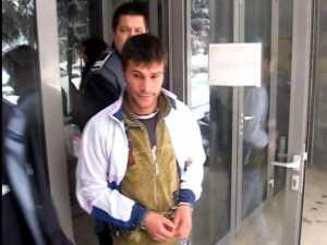 Cinci arestări în rândul grupării de hoţi de cablu telefonic