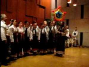 Colinde si obiceiuri romanesti din Bogdanesti apreciate si aplaudate in Elvetia