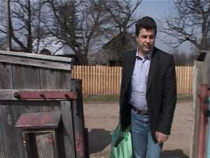 15 familii nevoiase, ajutate de Shopping City Suceava si Fundatia ANA
