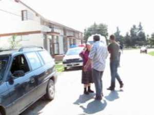 Doi tineri proaspăt căsătoriţi şi mama fetei, morţi sub roţile unui camion