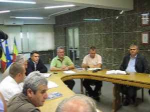 Primaria Suceava pune biciul pe spinarea celor care lucreaza pe ISPA