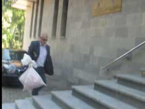 """11 arestări în reţeaua de contrabandişti condusă de organizatorul concursului """"Miss Piranda"""""""