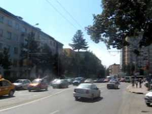 Haos în traficul Sucevei, după ce muncitorii au lucrat în miezul zilei