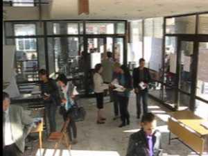 Bursa locurilor de muncă pentru absolvenţi, ignorată într-un judeţ plin de tineri şomeri