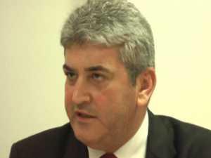 Ministrul Apărării, iritat de întrebările ziariştilor suceveni pe alte teme decât alegerile în UNPR Suceava