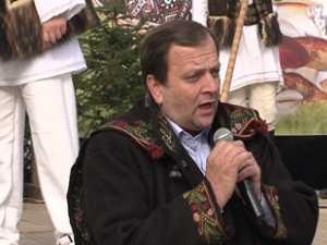 Sotia premierului Emil Boc si-a facut cumparaturile la Targul Produs in Bucovina de la Cluj