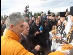Proiectul Drumul turistic Suceava - Cluj, lansat in prezenta premierului Emil Boc