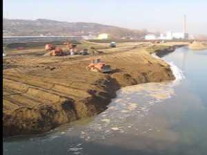 Cursul raului Suceava va fi deviat pana sambata