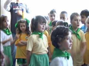 """Steagul Verde pentru acţiunile ecologice, la Grădiniţa """"Aşchiuţă"""" din Suceava"""