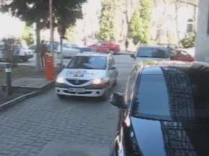 Hoţii din casele de la Şcheia, prejudicii de aproape 55.000 de lei