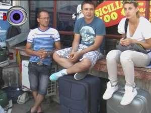 Abandonaţi în autogară, zeci de călători au aşteptat ore în şir un autocar care să-i ducă în Italia